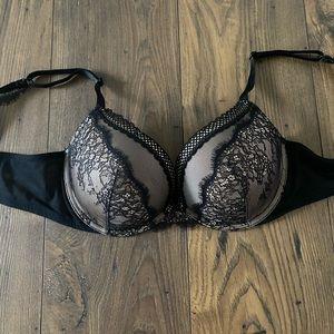Victoria's Secret Very Sexy Bra, 38B
